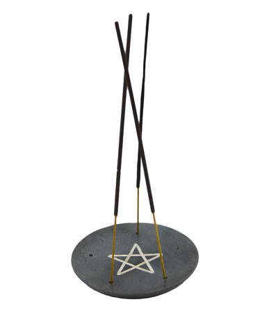 Kameninový stojan s pentagramom